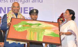 कोलकाता को भारत के टेक हब के रूप में रूपांतरित करना महत्वपूर्ण : राष्ट्रपति