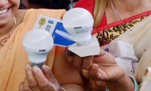 ईईएसएल ने उजाला योजना के तहत 30 करोड़ एलईडी बल्ब बांटे