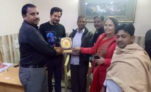 छठ पूजा समिति ने विधायक संजीव झा का किया आभार प्रकट