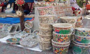 बिहार के हस्तकरघा एवं हस्तशिल्प के उत्कृष्ट सामान विदेशी पर्यटकों को भी कर रहे आकर्शित