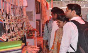 बिहार की जूट और नक्काशी की कला युवाओं को कर रही है खास आकर्षित