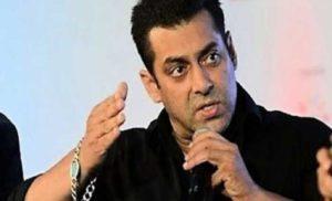 सलमान खान ने सुरक्षा गार्ड को मारा थप्पड़