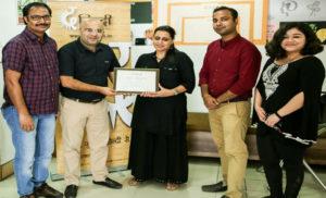 पत्रकार दीप्ति अंगरीश हुई सम्मानित
