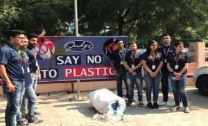 जज ग्रुप एकल उपयोग प्लास्टिक पर प्रतिबंध लगाने वाला नोएडा का पहला कार्यालय